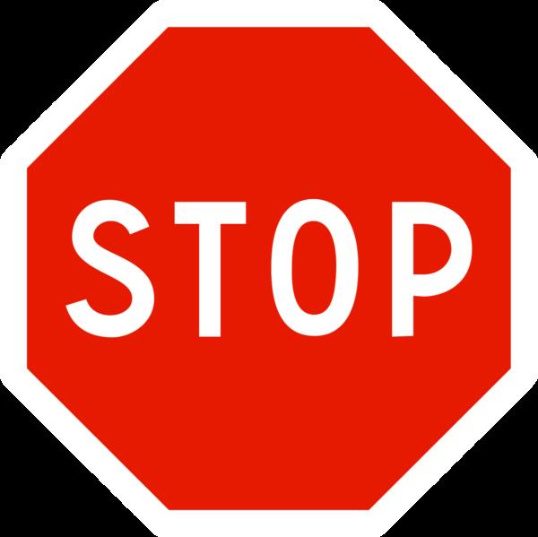 panneau stop arrêt à l'intersection ab4
